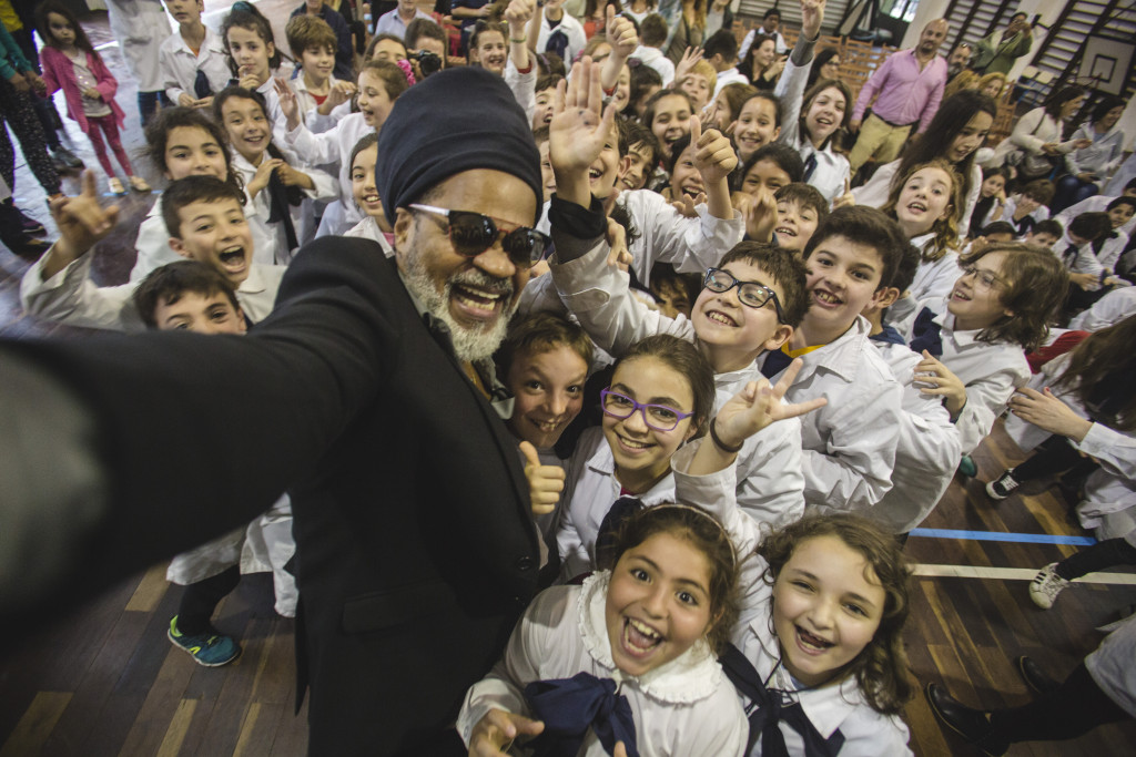Carlinhos Brown en Uruguay