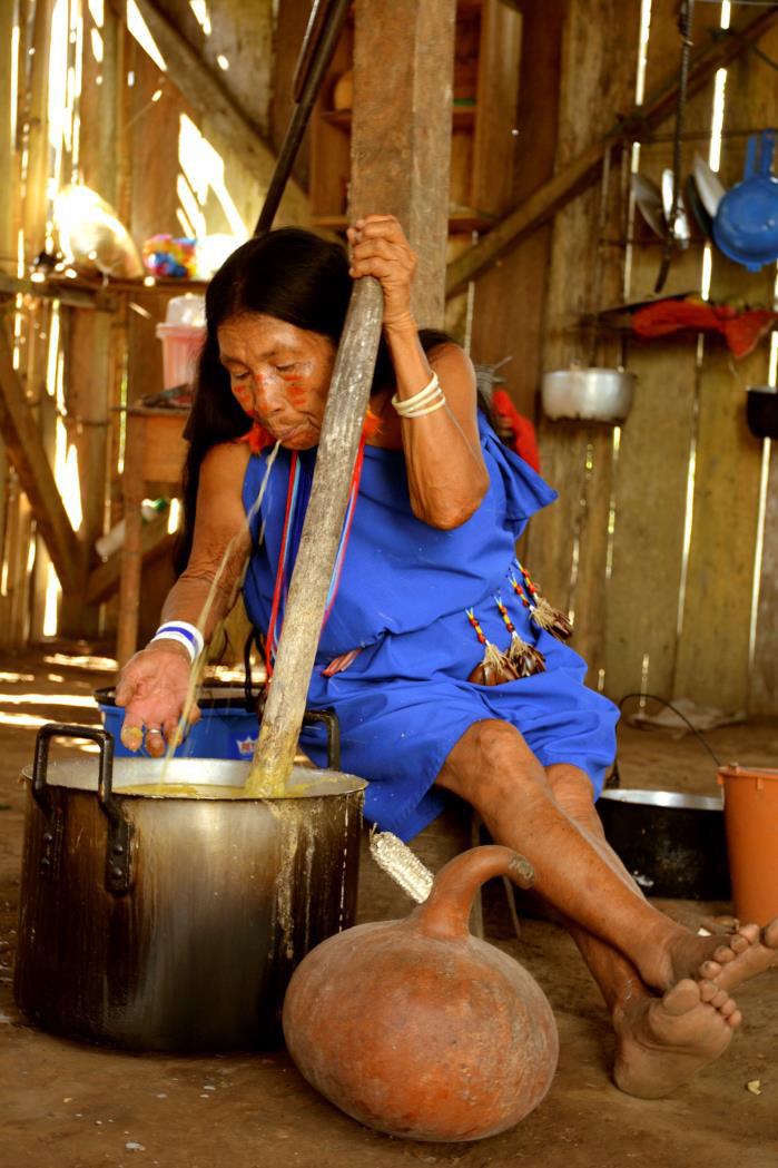 De nunkui a Luisa la tecnica tradicional de elaborar chicha de yuca4-Paola Alexandra Moreno Campoerde-Ecuador