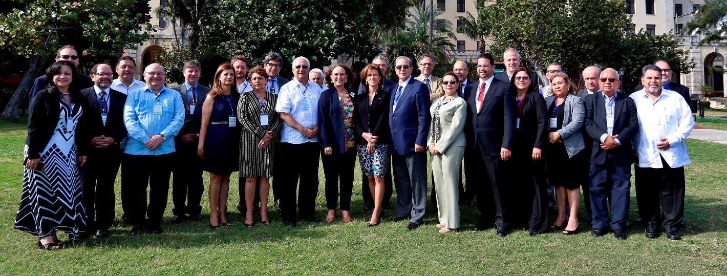 Foto familia I reunión de ministras y ministros de educación superior de Iberoamérica