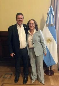 Tristán Bauer, Ministro de Cultura de Argentina y Rebeca Grynspan, Secretaria General Iberoamericana