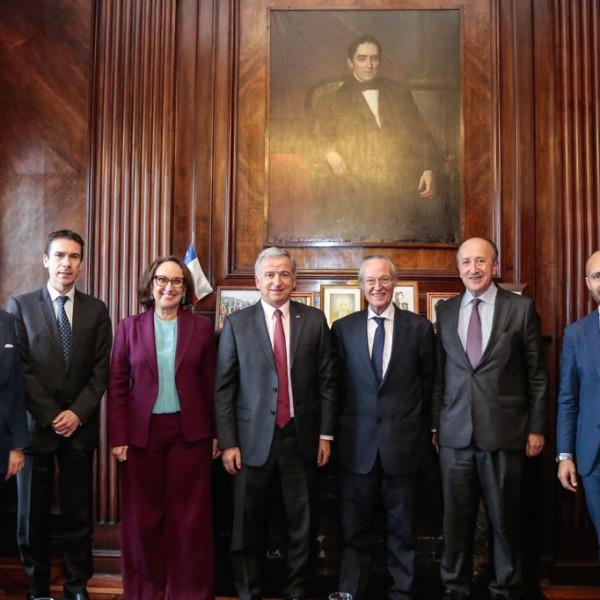 Foto de familia IV Encuentro Empresarial Iberoamericano sobre la Alianza del Pacífico