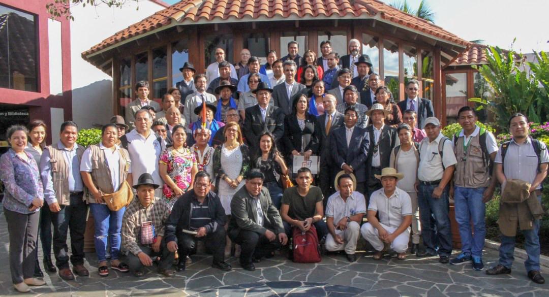 foto-oficial-Reunión-Sur-Sur-para-avanzar-en-la-creación-del-Instituto-Iberoamericano-de-Lenguas-Indígenas