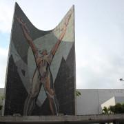 monumento-a-la-revolucion-y-museo-de-arte-el-salvador-peq